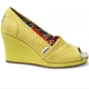 Toms Open Toe Yellow Wedges - 8.5